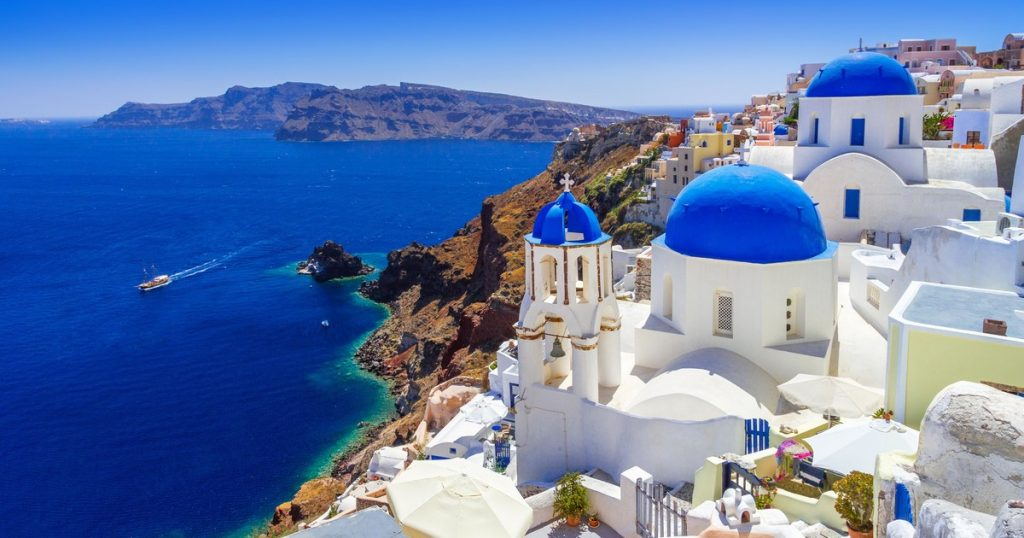 best places in the world santorini