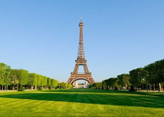 The picyure is office de torisme de paris tour eiffel tawar